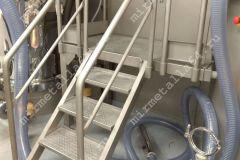 Лестница с перилам