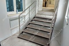 изготовление лестниц и перил