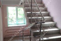 металлические поручни для лестниц